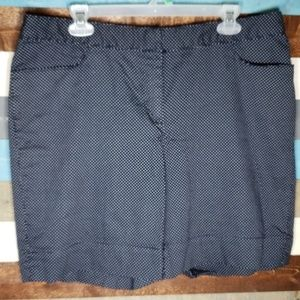 Ellen Tracy navy polka dot shorts size 14